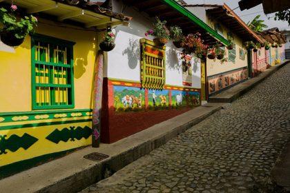 Colombia, Quatapé