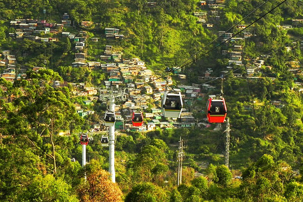 Colombia, Medellín, cable car